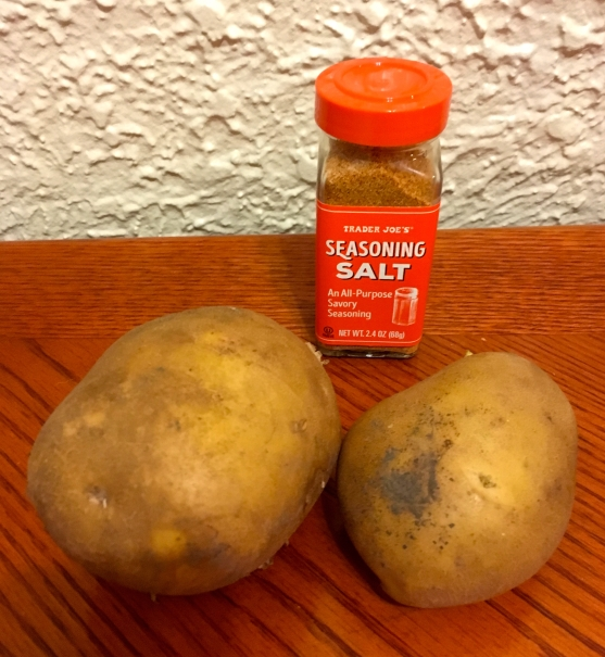 potatoes-seasoning-salt